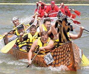 cardboard boat race pics (3)
